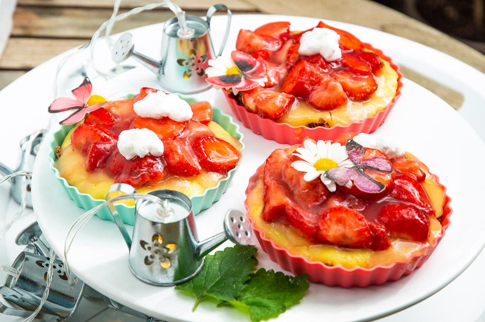 crunchy erdbeert rtchen ohne zucker einfaches und gesundes rezept. Black Bedroom Furniture Sets. Home Design Ideas