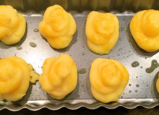 Mandel-Herzoginnenkartoffeln vor dem Backen