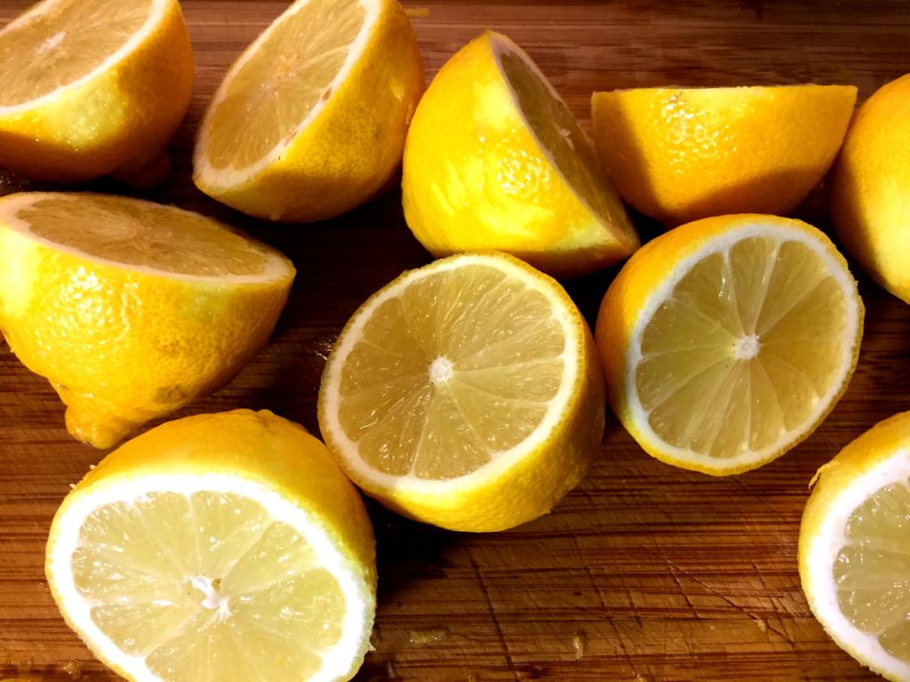 Zitronen-Fruchtgummis ohne Zucker