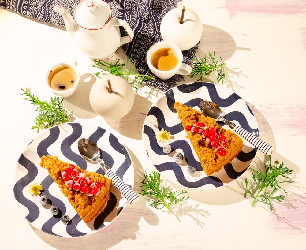Leinsamen Streuselkuchen mit Apfel-Kürbis-Zucchini-Mark