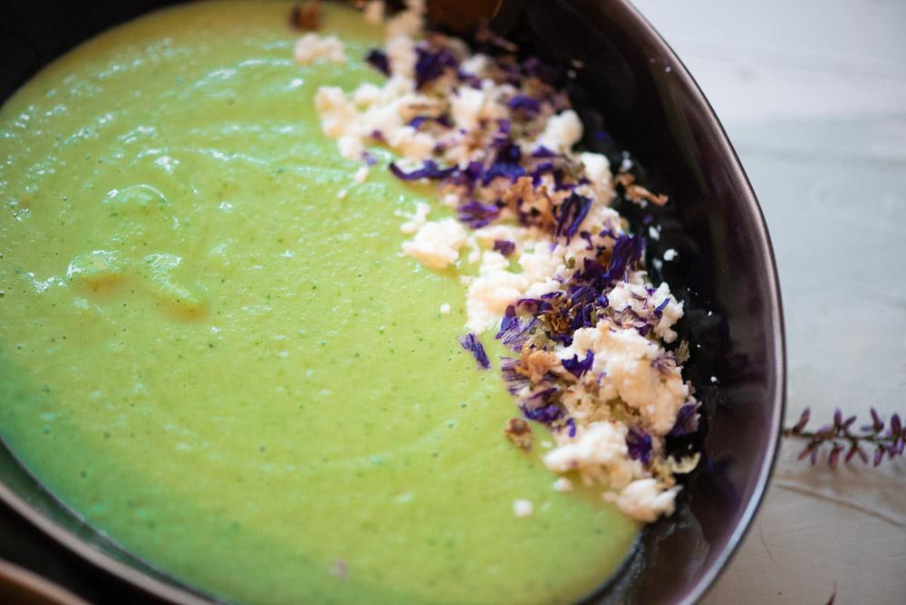 Brokkoli Feta Suppe mit Sahne ohne Carrageene - gesundes Rezept