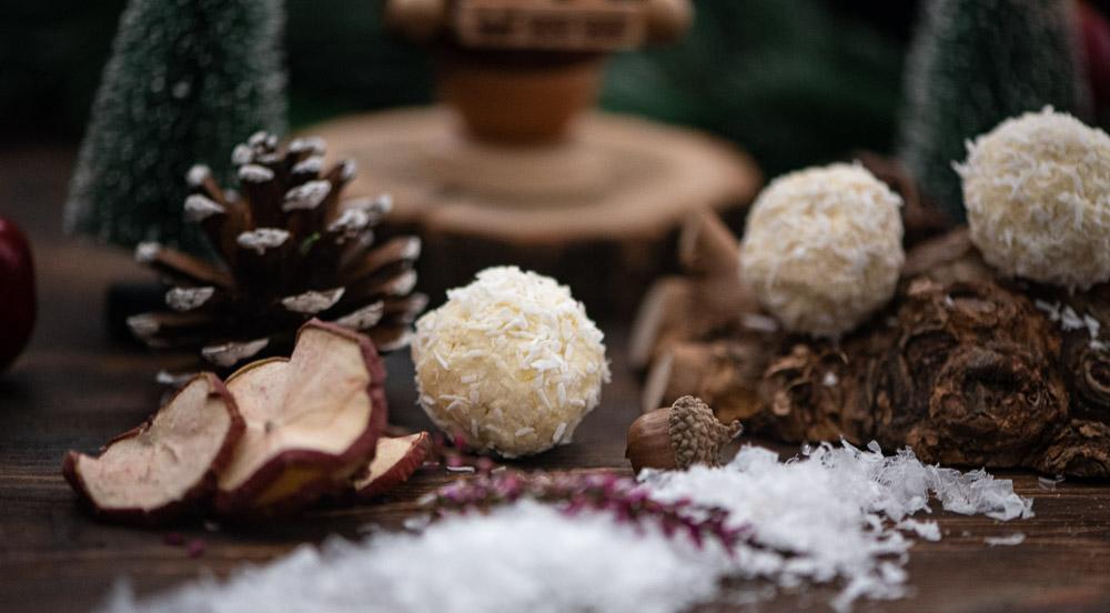Weiße Mandel-Kokos-Trüffel